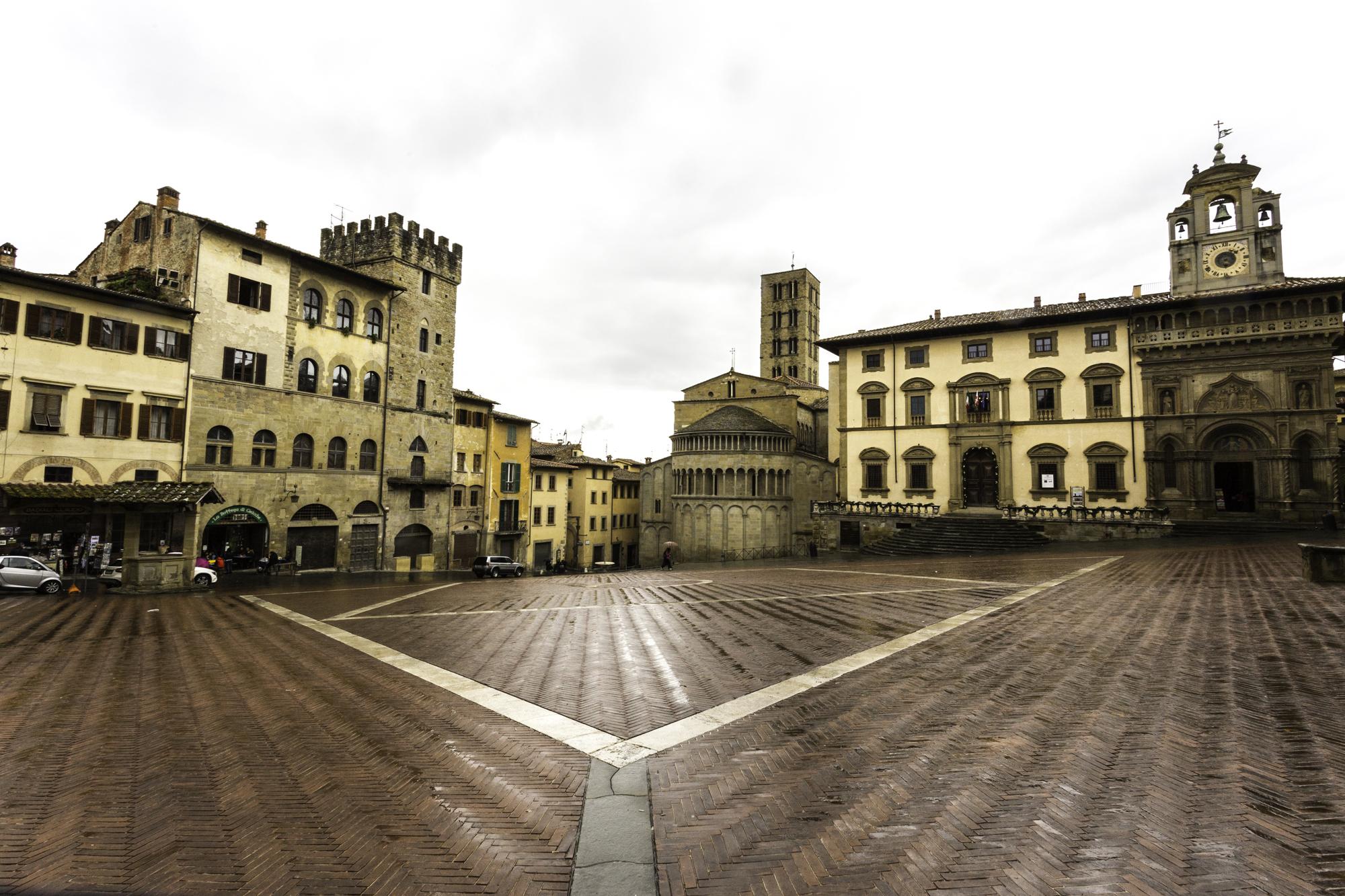 Comune di Arezzo: maxi area pedonale in Centro storico e spazi all'aperto da venerdì 29 maggio